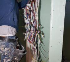 Arrivée des câbles électriques pour compteur