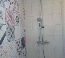 Colonne de douche opérationnelle