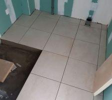 Carrelage salle d eau et réservation pour receveur