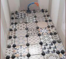 Sol des toilettes