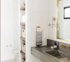 Vasque wc en pierre bleue et sa credence