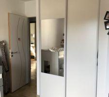 Mise en place des placards dans les chambres des filles