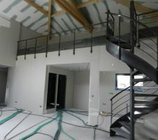 Escalier acier avec garde corps