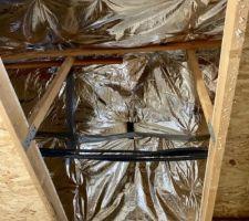 Isolation du garage terminée avec pose de plancher