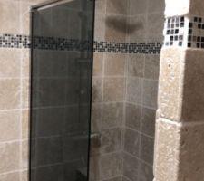 Salle de bain du bas douche a l?italienne