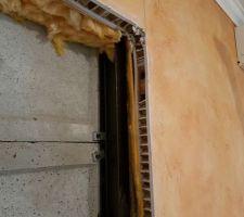 Ouverture du placo pour futur ouverture vers ancien Garage/Cuisine Bonne nouvelle la maison est bien mieux isolée que prévu