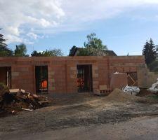 Fin de l'élévation des murs RDC