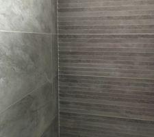 Faïence de notre receveur de douche 90x90 Point P
