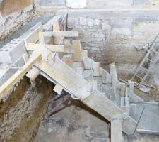 Escalier cave vu de côté