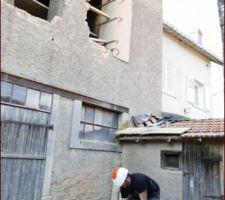 EPI obligatoires pour trier les pierres sous les fenêtres !