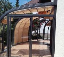 Exemple d'abri de terrasse télescopique