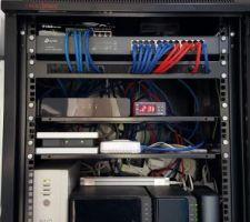 Pose Baie Informatique  Gestion des volets Gestion éclairages Gestion Chauffage et Eau chaude un Onduleur 2 Nas 1 Box Fai 1 Box Somfy 1 Bos deltador 1 pont Philips  1 Switch 8 ports 1 Switch 24 ports 120 M cables Rj 45