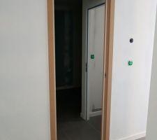 Porte à galandage installée