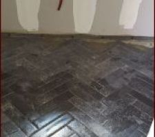 Carrelage  cellier en pose chevrons