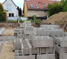 Les fondations avancent assez rapidement !