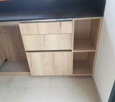 Détail meuble, alcôve cuisine
