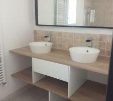 On a réalisé notre meuble de salle de bain !