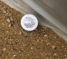 Mise en place des grilles d'aération vide sanitaire