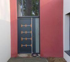Porte d'entrée. 350X130 cm