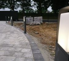 Bornes LED temporisées avec l'ouverture du portail