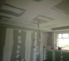 Faux plafond  corniche terminé