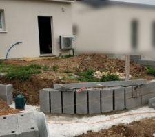 Construction muret soutènement terrasse