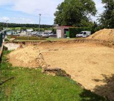 Ouverture du chantier. Terrassement 2eme jour. Le résultat de 2 jours de terrassement.