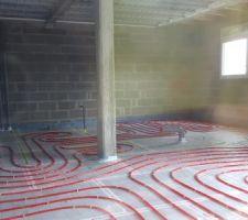 Chauffage au sol en cours d'installation