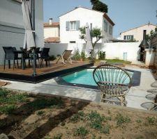 Ensemble piscine et terrasse (ouverte)