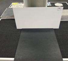 Faïence blanche 30x60 + sol gris ardoise 45x45