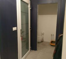 Carrelage entrée + WC terminé