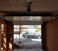 Porte de garage.