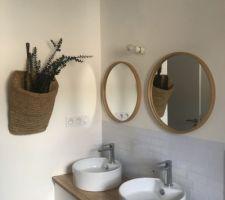 Un apercu de notre salle de bain double vasque meuble IKEA