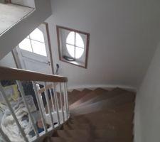 Escalier en cours de pose
