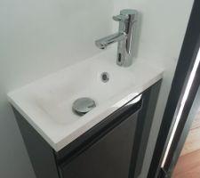 Lave-main avec mitigeur à détection de mouvement