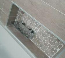 Le mitigeur de bain cascade