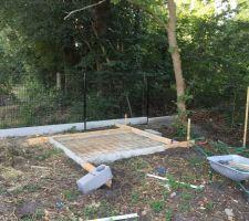 Préparation de la dalle de l'abri de jardin