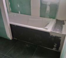 Installation du wedi pour le tablier de la baignoire