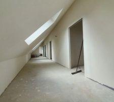 Un couloir pas si petit !