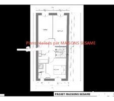 2 chambres une suite parentale (salle d'eau), une salle de bain avec baignoire et un wc