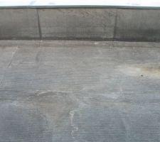 Le toit plat en derbigum. Normalement, j'aurais du avoir une membrane PVC.