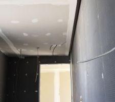 Plafond salle de bain étage