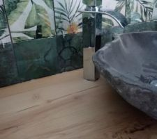 Crédence du meuble vasque