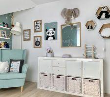 Chambre de notre bébé - coin bibi et lecture