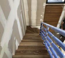 Escalier en bois et métal