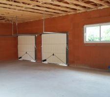 Vue interne, buanderie / garage / cuisine