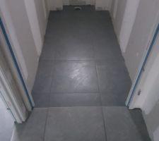 Carrelage couloir et WC