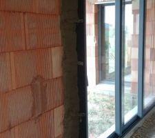 Baie vitrée 3 vantaux 3M50 avec renfort en ciment