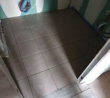 Carrelage de la salle de bain du RDC