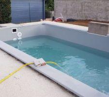 Le remplissage de la piscine